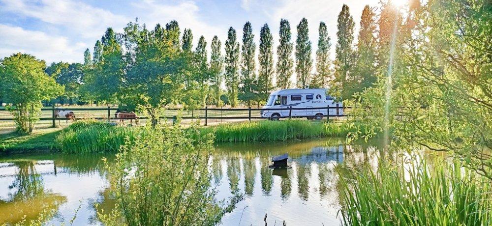 Aire camping-car à Gisay-la-Coudre (27330) - Photo 1